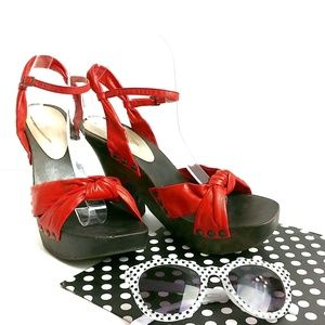 Vintage Retro Red Chunky Wooden Heel Sandals 9
